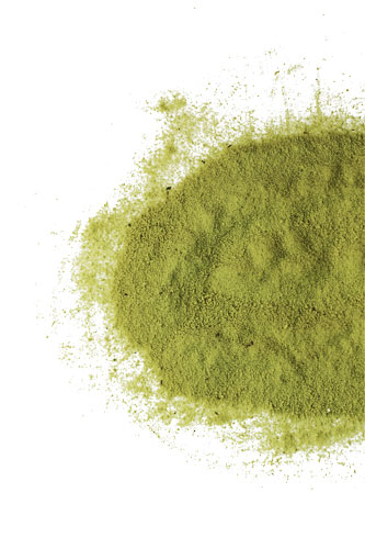 organic-matcha-green-tea-wpi-spilled